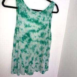 Green tie dye tank top